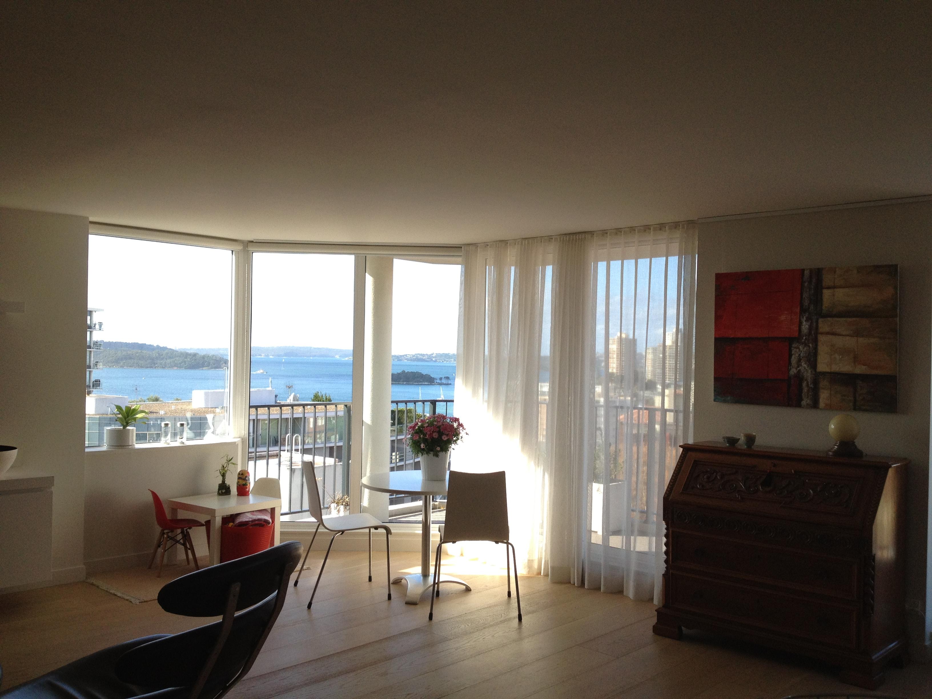 Vue sur la baie de Sydney depuis l'appartement