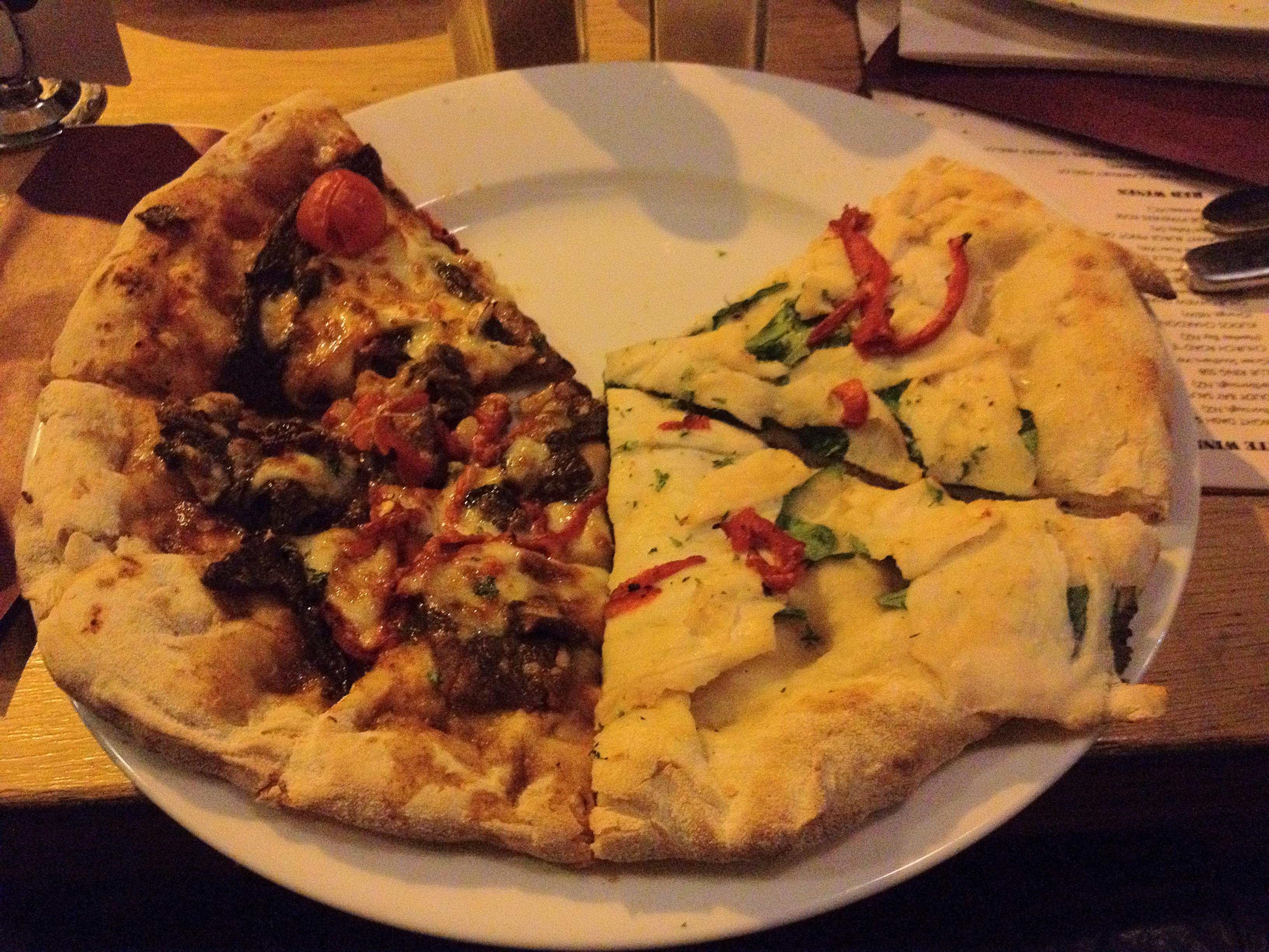 Pizzas au kangourou, à l'émeu et au crocodile