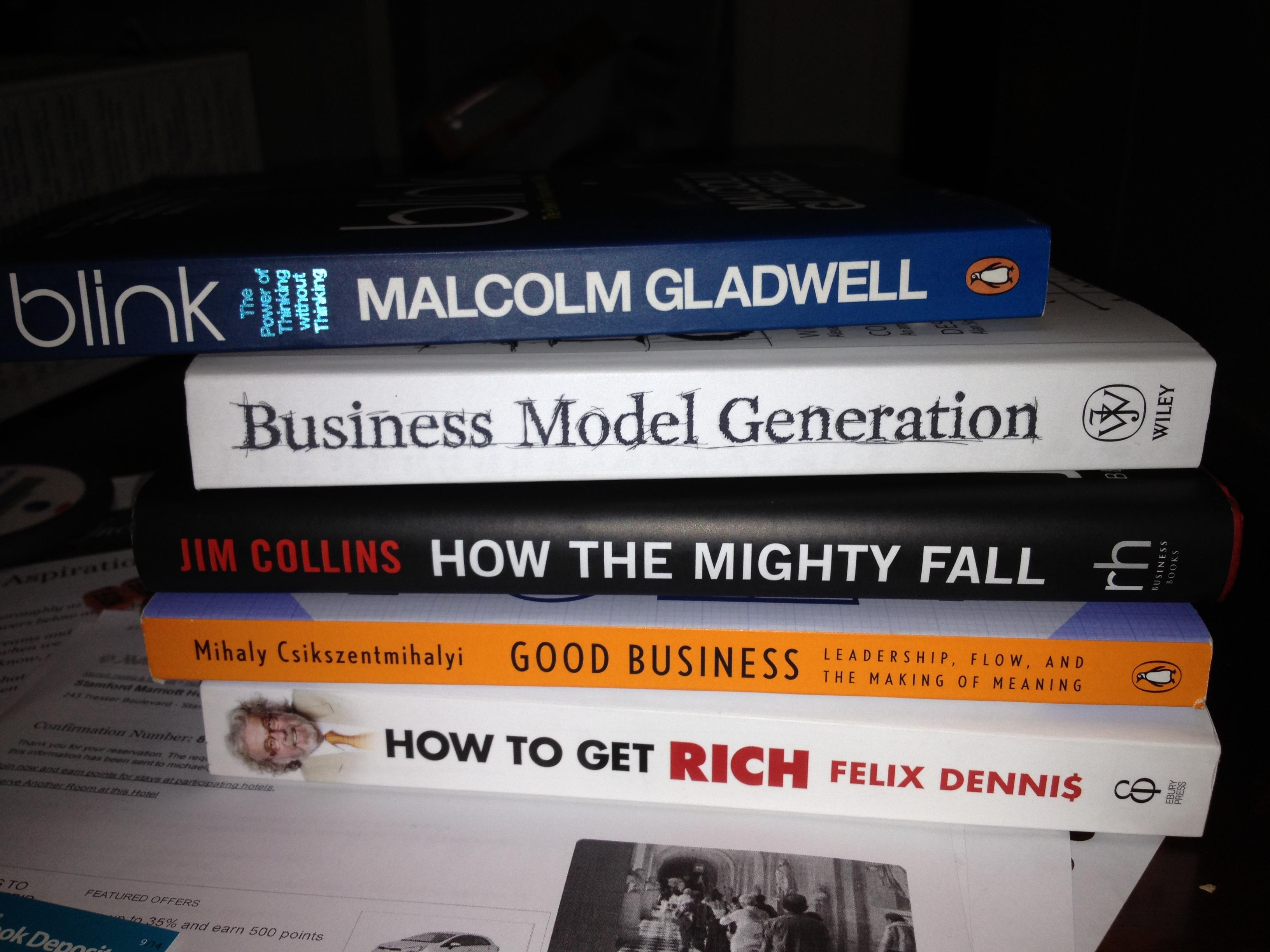 """Quelques-uns des livres que Sébastien a ajouté à sa liste """"à lire"""" pendant notre séjour !"""
